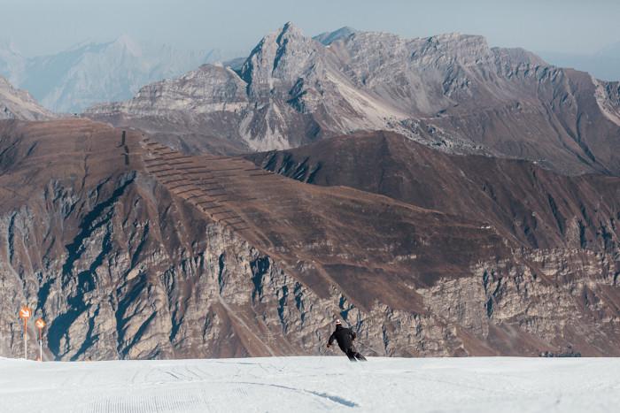 Skiing on Hintertux glacier