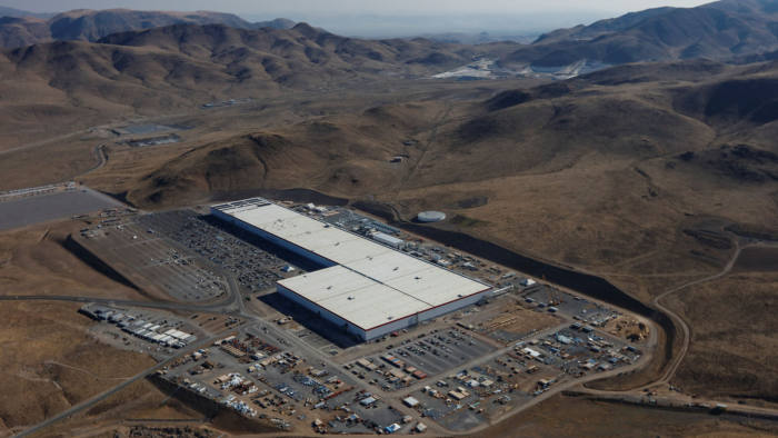 An aerial view of the Tesla Gigafactory near Sparks, Nevada, U.S. August 18, 2018. REUTERS/Bob Strong - RC1F1AEEAE00