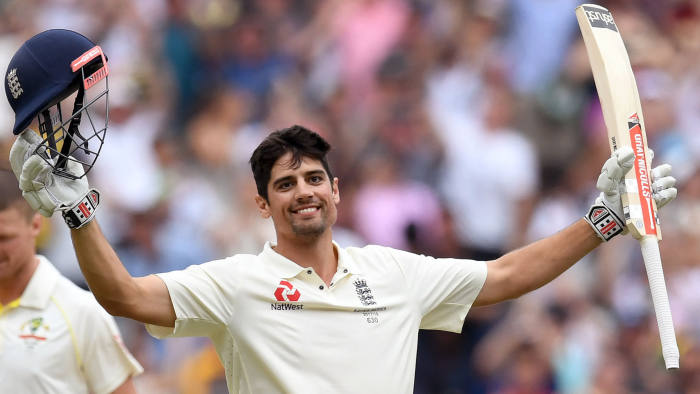 England's batsman Alastair Cook (R) celebrates scoring his double century against Australia on the third day of the fourth Ashes cricket Test match at the MCG in Melbourne on December 28, 2017. / AFP PHOTO / WILLIAM WEST / --IMAGE RESTRICTED TO EDITORIAL USE - STRICTLY NO COMMERCIAL USE-- (Photo credit should read WILLIAM WEST/AFP/Getty Images)