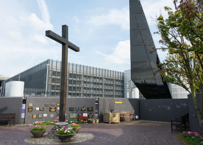 K1T9AA The Chapel of St George at Heathrow Airport, London, UK