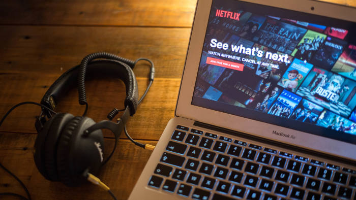 BANGKOK, THAILAND - 2018/05/23: The Netflix website seen displayed on a Apple MacBook Air computer monitor via the Google Play Store. (Photo by Guillaume Payen/SOPA Images/LightRocket via Getty Images)