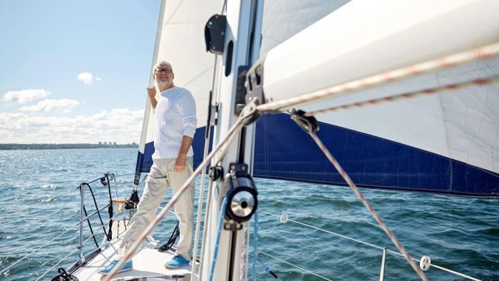 Man in yacht - elderly, pensionser, pension