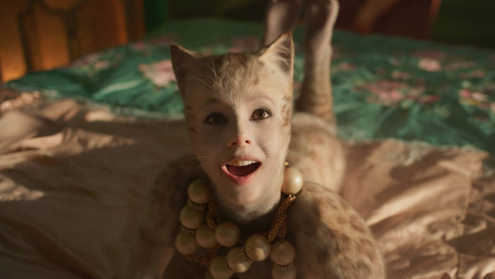 Cats Lands On Its Feet With Terrific Choreography Judi Dench James Corden And Taylor Swift Financial Times