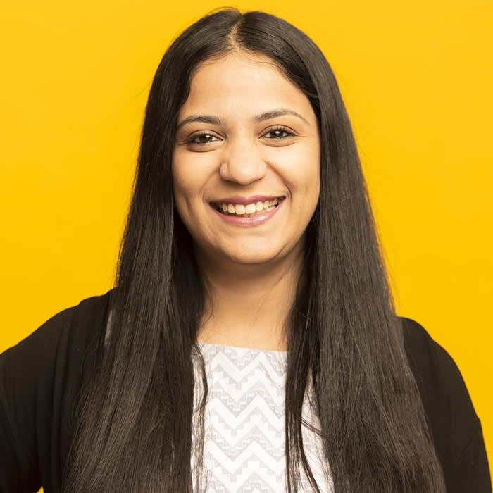Aashna Gupta finds Yale alumni welcome being asked for advice