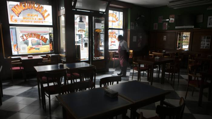 Many bars and shops in Buenos Aires were forced to close their doors during the blackout