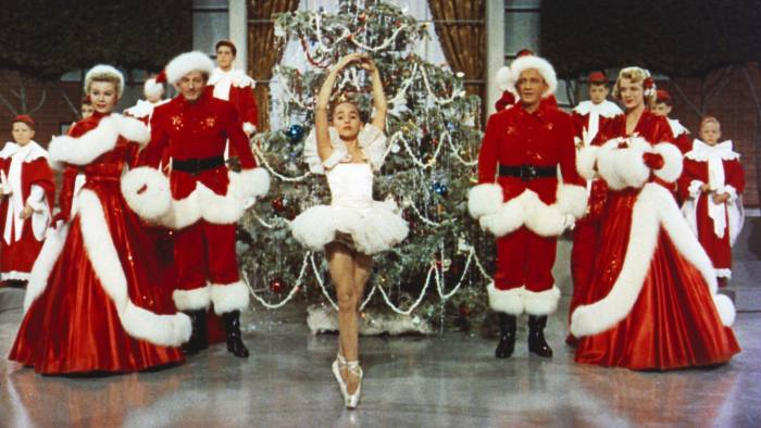Editorial use only. No book cover usage. Mandatory Credit: Photo by Paramount/Kobal/REX/Shutterstock (5884630ab) Vera-Ellen, Danny Kaye, Bing Crosby, Rosemary Clooney White Christmas - 1954 Paramount USA Scene Still Christmas Musical Noël blanc