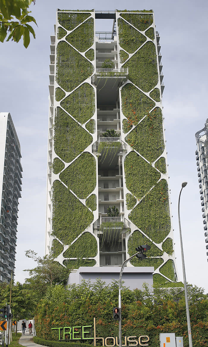Vertical Gardens Breathe Life Into The City Financial Times