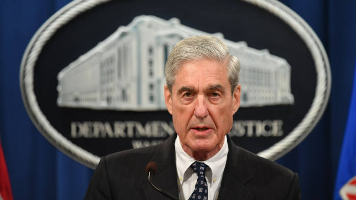 Mais democratas pedem impeachment depois que Mueller faz declaração