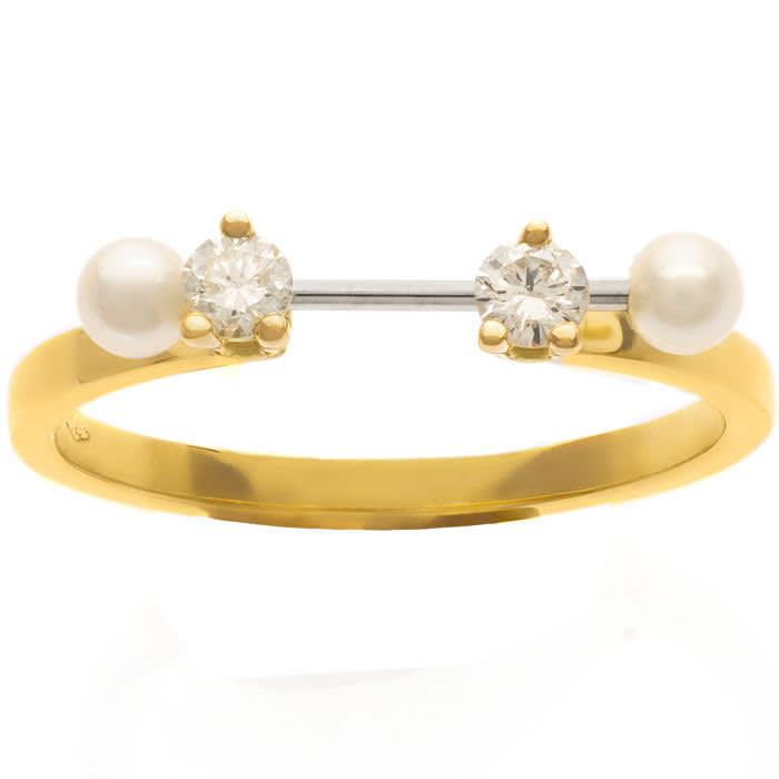 Two-in-One earring, £495, del€finadelettrez.com