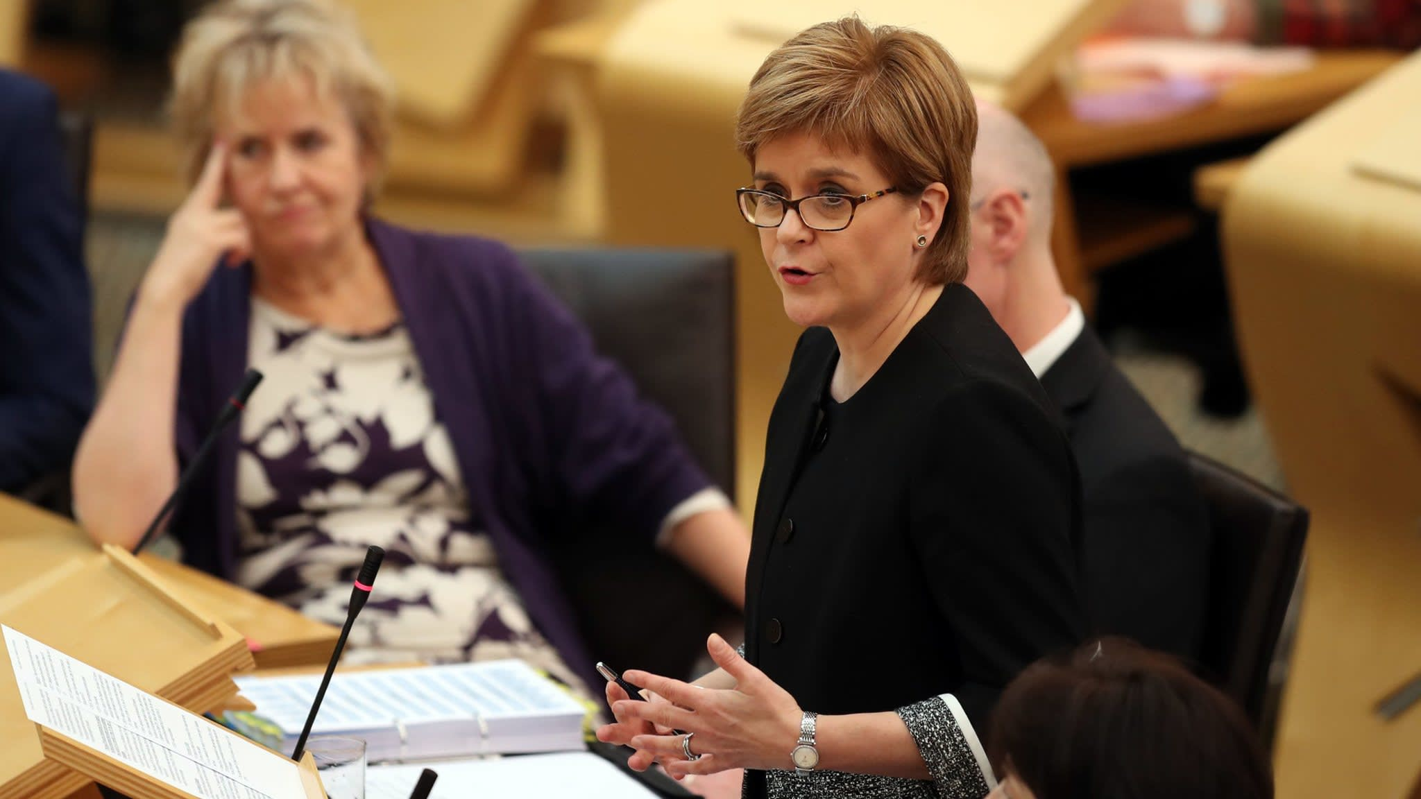 Scottish leader says support growing for a Brexit 'compromise option' | Financial Times