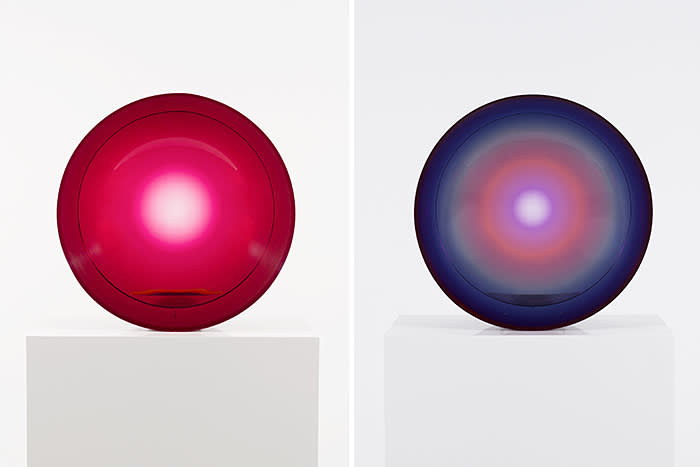 Fred Eversley Untitled (parabolic lens), (1969) 2018 2-color, 2-layer cast polyester 19 3/4 x 19 3/4 x 6 inches (50.2 x 50.2 x 15.2 cm) Photography: Jeff McLane Courtesy of David Kordansky Gallery, Los Angeles
