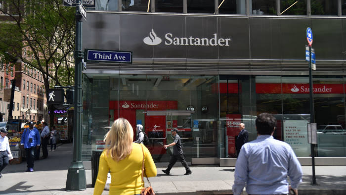santander bank hours today
