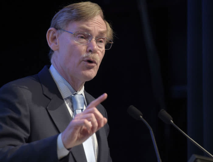 Robert Zoellick, former president of the World Bank Group, delivers a keynote speech at the annual Diggers & Dealers Mining Forum in Kalgoorlie, Australia, on Monday, Aug. 7, 2017. The key for China's economic outlook will be any move toward new reforms after its twice-a-decade leadership reshuffle later this year, Zoellick said. Photographer: Carla Gottgens/Bloomberg