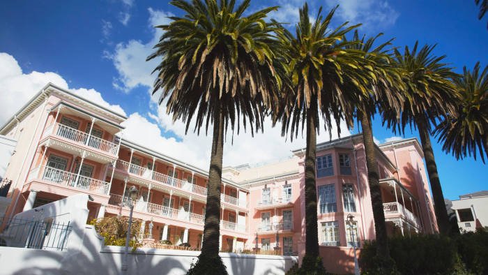 142250f1ffd58 Crime fears soar after audacious raid on iconic Cape Town hotel ...