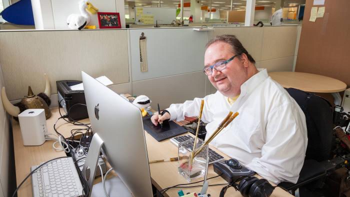Hecho a medida: Pete Denman trabajando en su campus de Intel