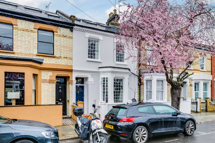 Is now the right time to buy property in London?   Financial