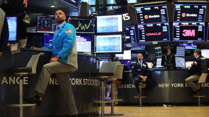 NEW YORK, NEW YORK - SEPTEMBER 18: Traders work on the floor of the New York Stock Exchange (NYSE) on September 18, 2019 in New York City. As concerns about a global economic slowdown mount, the Federal Reserve on Wednesday cut interest rates by a quarter percentage point for the second time since July. (Photo by Spencer Platt/Getty Images)