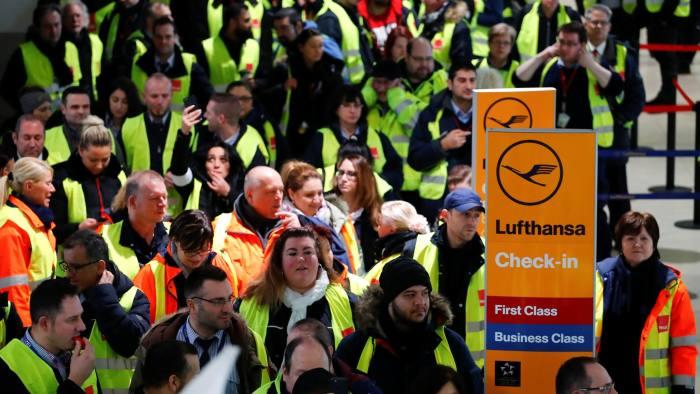 Security staff on strike Cologne Bonn airport last week