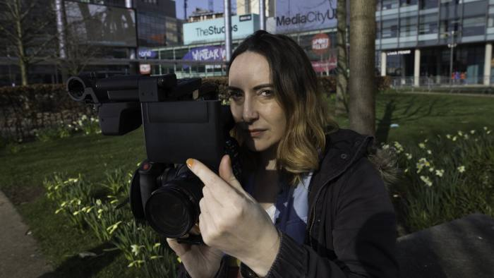 Picture by Jon Super for The Financial Times newspaper. Pic fao Annabel Cook for Money FT Picture shows camerawoman Annaliese Edwards The feature is for money FT. Annaliese is a freelance camerawoman, producer, photographed at MediaCityUk in Manchester March26, 2018 (Photo/Jon Super 07974 356-333)