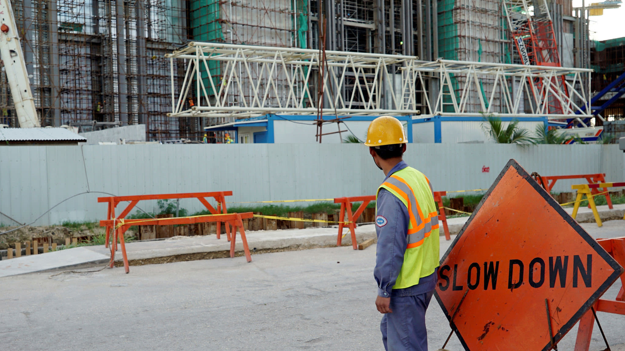 Overseas Chinese workers sue Saipan casino for 'forced labour' | Financial Times