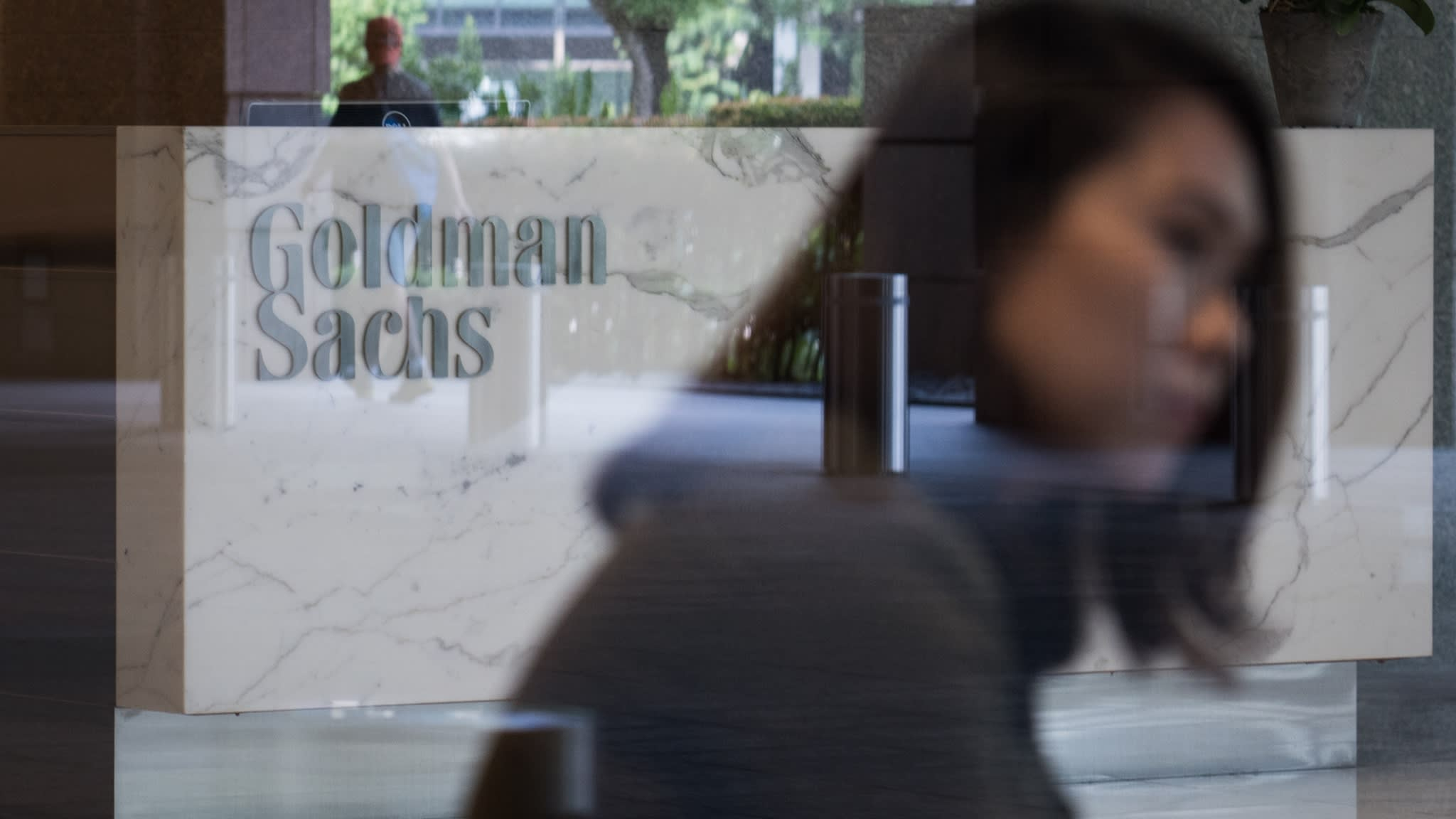 Abu Dhabi sovereign fund halts business with Goldman Sachs | Financial Times