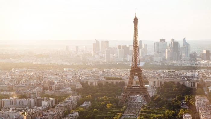 F586WP beautiful view of Paris with Eiffel tower credit Alamy