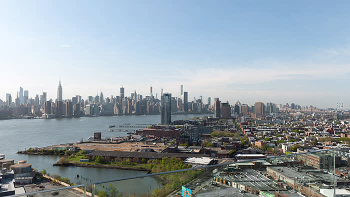 Manhattan seen from Brooklyn. Hannah encountered unexpectedly high levels of air pollution in indoor environments such as restaurants