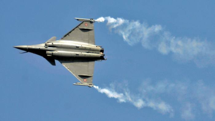 Leaked email fuels debate on tycoon's role in €8bn fighter