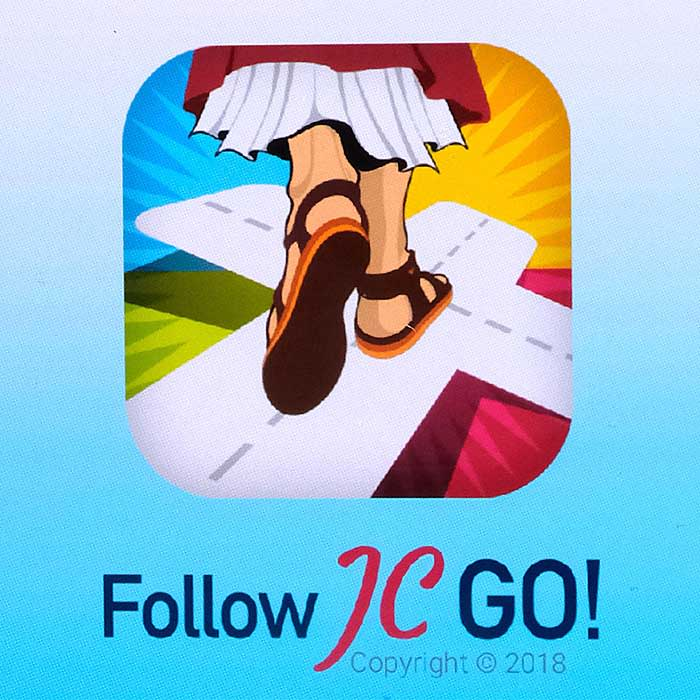 """PY92RT Vatican releases the smartphone app """"Follow JC GO!"""" (Follow Jesus Christ), which is almost identical to the model Pokemon Go. Instead of monsters, saints are now being sought and catched in the Vatican game. The game is currently only available in Spanish, other language versions will be released shortly. Photo shows login page of """"Follow JC GO!"""" on a smartphone."""