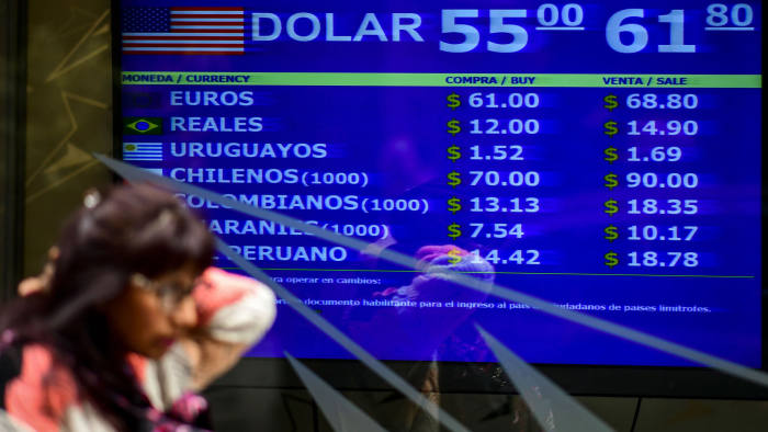 """Currency exchange rates displayed on the Buenos Aires Change Sales Board on August 28, 2019 - Argentines slowly but steadily withdraw foreign currency deposits due to uncertainty in markets for Argentina's future before presidential elections amid an economic crisis. (Photo by RONALDO SCHEMIDT / AFP) RONALDO SCHEMIDT / AFP / Getty Images """"class ="""" n-image """"srcset ="""" https://www.ft.com/__origami/service/image/v2/images/raw/http% 3A% 2F% 2Fcom.ft.imagepublish.upp-prod-us.s3.amazonaws.com% 2F5e38e8c0-ca5f-11e9-af46-b09e8bfe60c0? Fit = scale-down & source = next & width = 700 700w, https: //www.ft .com / __ origami / service / image / v2 / images / raw / HTTP% 3A% 2F% 2Fcom.ft.imagepublish. upp-prod-us.s3.amazonaws.com% 2F5e38e8c0-ca5f-11e9-af46-b09e8bfe60c0? fit = scale down and source = next and width = 500 500w, https://www.ft.com/__origami/service/image/v2/images/raw/http%3A%2F%2Fcom.ft.imagepublish.upp- prod-us. s3.amazonaws.com% 2F5e38e8c0-ca5f-11e9-af46-b09e8bfe60c0? fit = scale-down & source = next and width = 300 300w """"dimensions ="""" (min-width: 76.25em) 700px, (min-width: 61.25em) 620px, (min-width: 46.25em) 700px, calc ( 100vw - 20px)"""