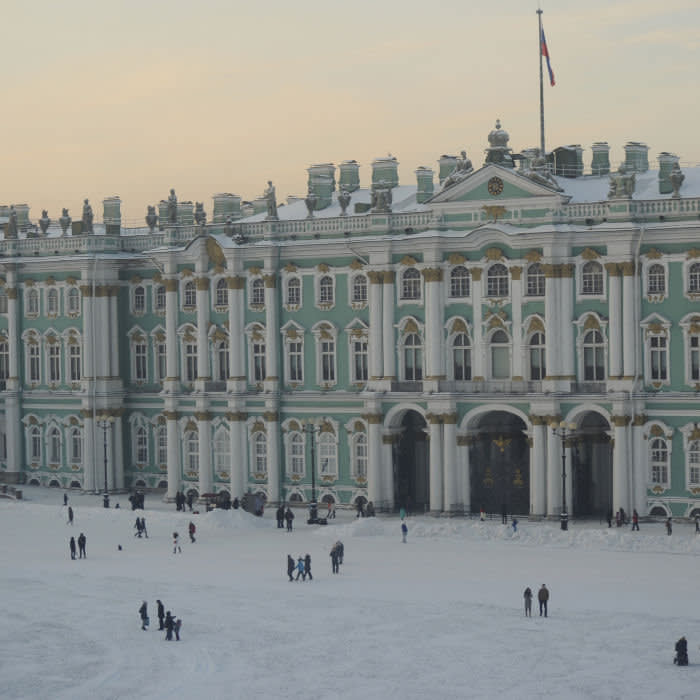 Russia. Saint Petersburg. The State Hermitage Museum. Winter Palace. 18th-19th centuries. Baroque style. Facade. Winter. (Photo by: PHAS/Universal Images Group via Getty Images)