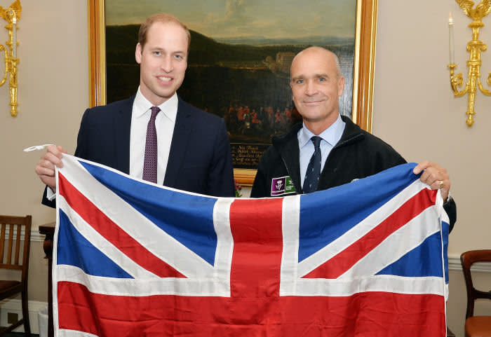 Photo Must Be Credited ©Alpha Press 073074 19/10/2015 Prince William The Duke of Cambridge with Henry Worsley Kensington Palace, London who will attempt the 2015/16 Shackleton solo challenge where the Polar explorer will be attempting to undertake Sir Ernest Shackleton's unfinished journey to the South Pole from the Weddell Sea.