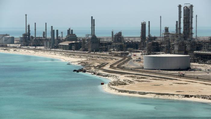 Saudi Aramco's $111bn profits dwarf those of mega-rivals | Financial