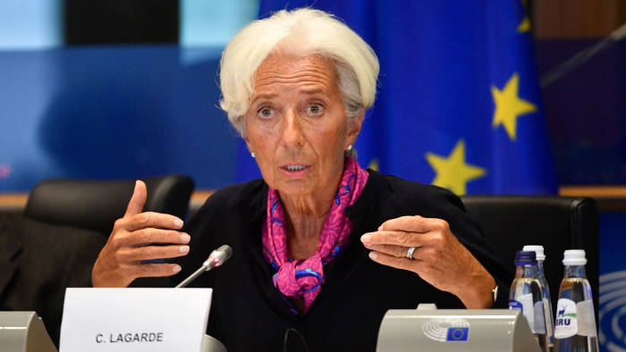 Lagarde calls on European governments to launch fiscal
