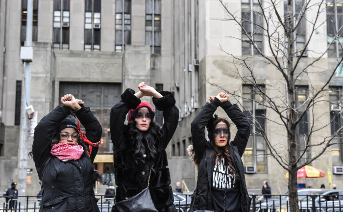 NEW YORK, NY - JANUARY 10 : Women inspired by the Chilean feminist group called Las Tesis protest in front of the New York City criminal court during Harvey Weinstein's sex crimes trial on January 10, 2020 in New York City. Weinstein, a movie producer whose alleged sexual misconduct helped spark the #MeToo movement, pleaded not-guilty on five counts of rape and sexual assault against two unnamed women and faces a possible life sentence in prison. (Photo by Stephanie Keith/Getty Images)