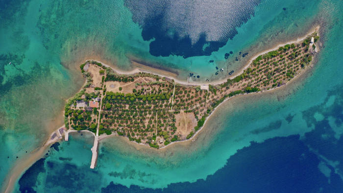 5B_Private Islands GREECE: Photo credit: Greece Sotheby's International Realty  Available at the guide price of 9,000,000 EUR through Greece Sotheby's International Realty: www.sothebysrealty.com // + 30.210.968.1070 www.sothebysrealty.com/eng/sales/detail/180-l-82790-x9vqfl/island-eretria-eu-34008  Photo credit: Greece Sotheby's International Realty    It is one km from Εretria in Euboea and about 7km from Attica.
