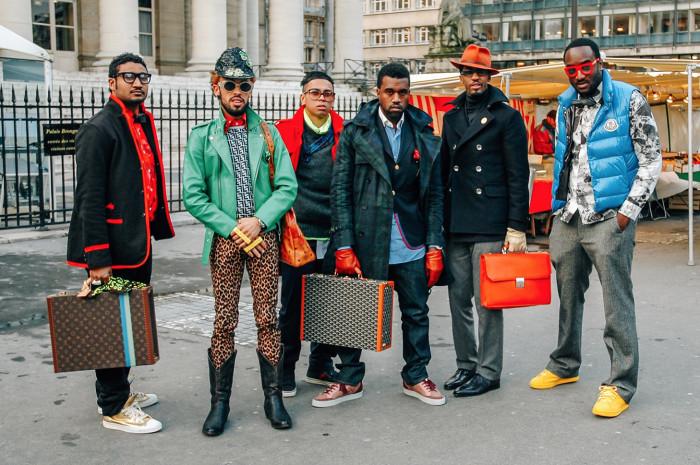 Kanye West, Virgil Abloah and crew outside Comme des Garcons show 2009