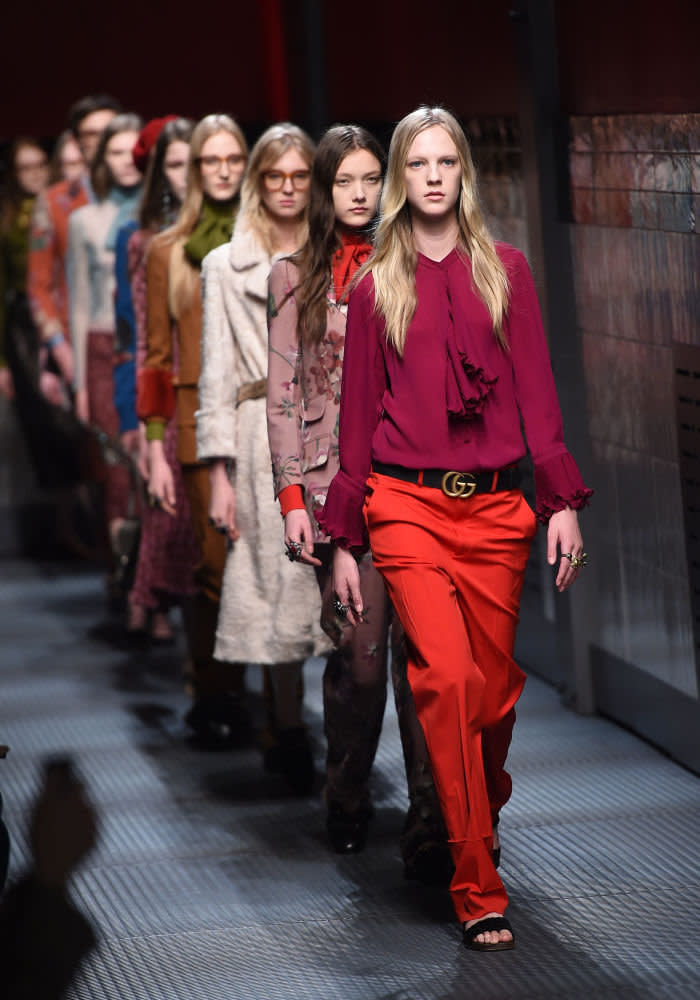 MILAN, ITALY - FEBRUARY 25: A model walks the runway at the Gucci show during the Milan Fashion Week Autumn/Winter 2015 on February 25, 2015 in Milan, Italy. (Photo by Venturelli/WireImage)