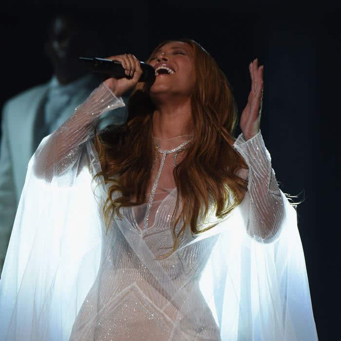 LOS ANGELES, CA - FEBRUARY 08: Recording Artist Beyonce performs onstage during The 57th Annual GRAMMY Awards at the STAPLES Center on February 8, 2015 in Los Angeles, California. (Photo by Larry Busacca/Getty Images for NARAS)