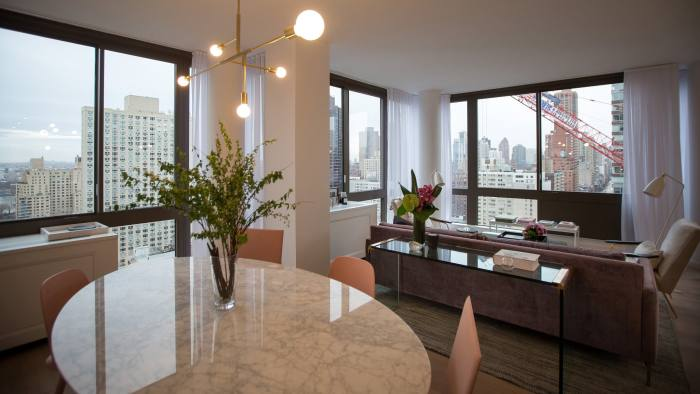 Manhattan Apartment Sales Plunge Financial Times