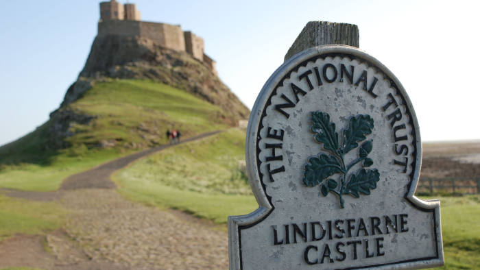 National Trust to divest from all fossil fuel investment | Financial Times