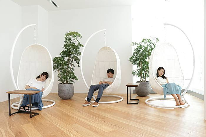 'Tactical' napping chairs at IT services company NextBeat