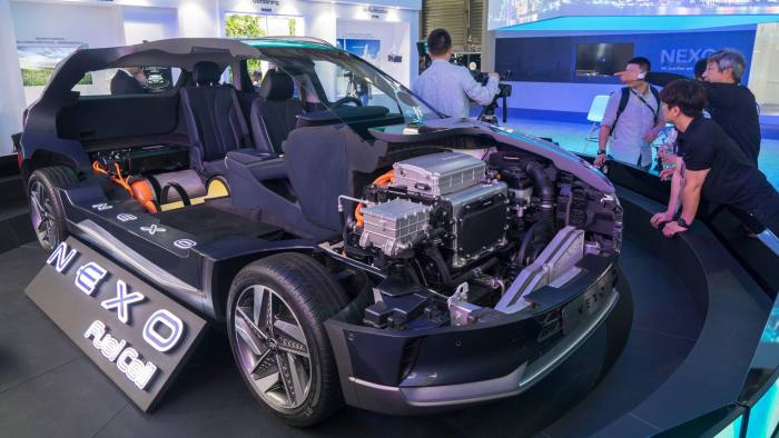 Hyundai says hydrogen cars will help protect jobs