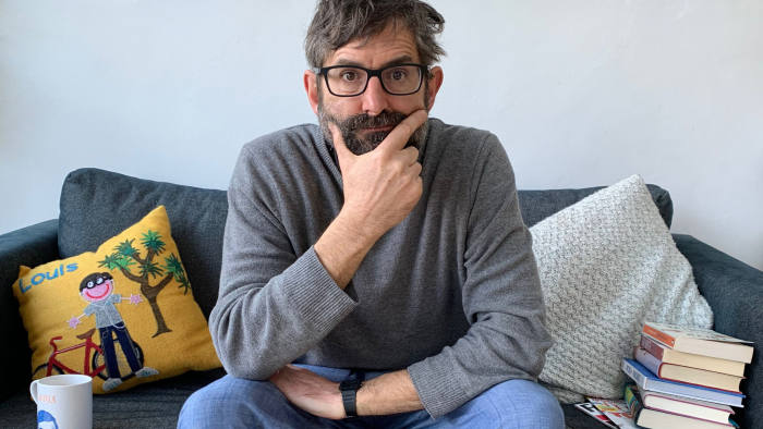 Louis_Theroux_Grounded_Podcast_Image_3000x3000r4logo_FINAL