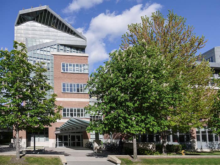 BKRJP8 University of Toronto Rotman Business School Building