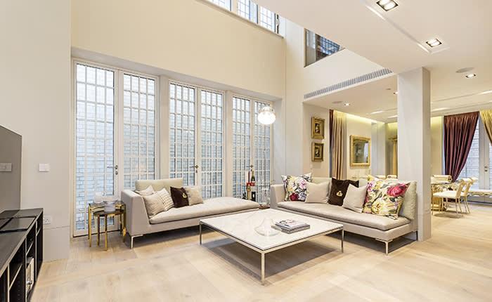 https://www.dexters.co.uk/property-for-sale/flat-for-sale-in-nassau-street-london-w1w/75741