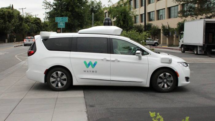 Self Driving Car Companies Find That Going It Alone Is Difficult