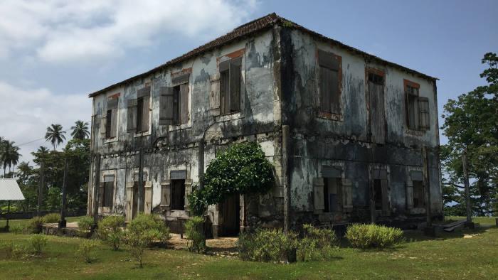 Photo by Andres Schipani in Santo António, Democratic Republic of São Tomé and Príncipe on the Terreiro Velho plantation.