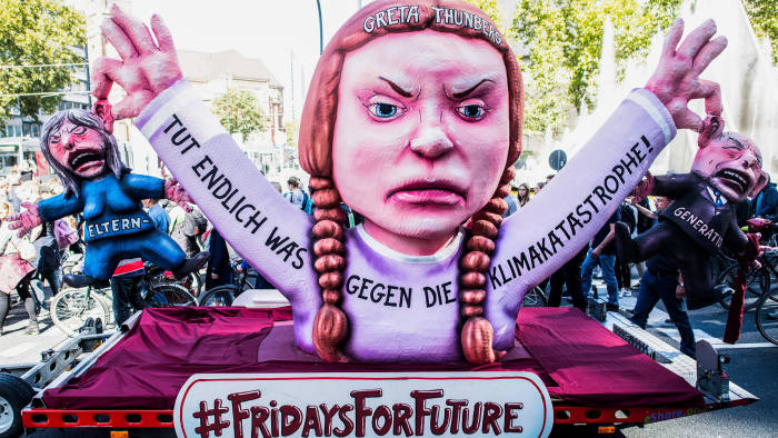 20 September 2019, Hamburg, Dusseldorf: Activists attend a protest calling for more action to help stop climate change. Photo: Federico Gambarini/dpa