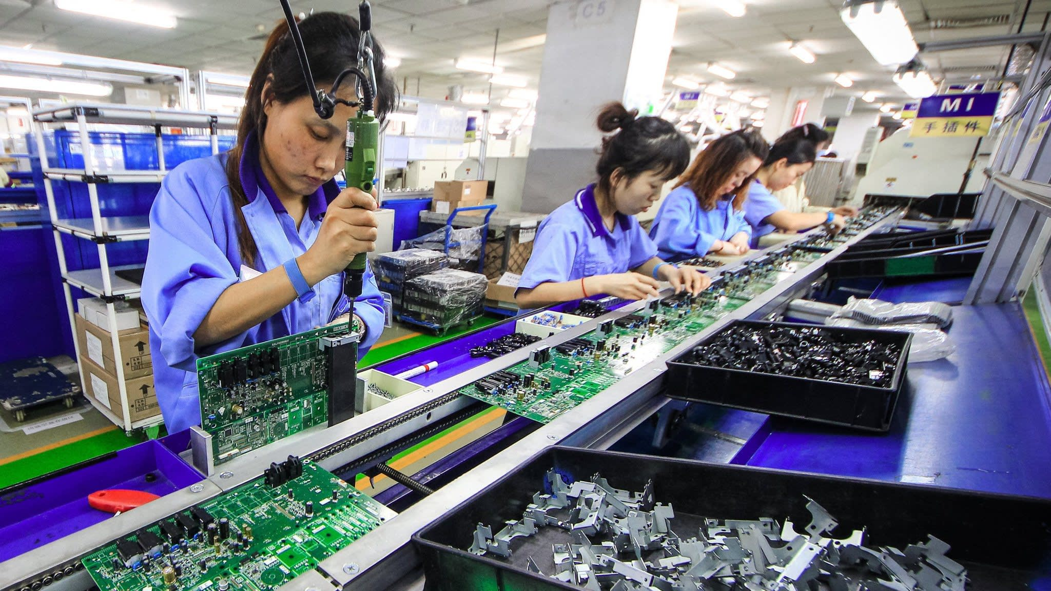 China's economy defies the odds | Financial Times